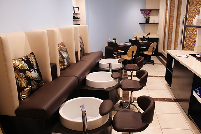 Spa Revéil Nail Room